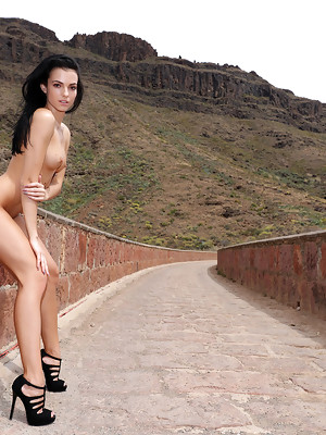Sapphira in Travelling at Watch For Beauty - image 13