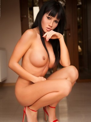 Daria in Pleasures at Photodromm