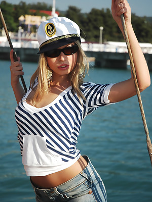 Nautical babe Julia loses her clothes at the docks - image 2