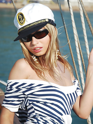 Nautical babe Julia loses her clothes at the docks - image 3